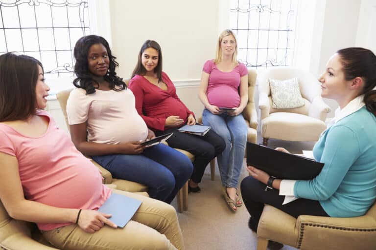 7 Essential Things To Know About Prenatal Breastfeeding Classes